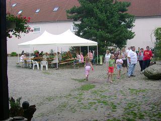 Der Röhlsche Hof - Bildungs- und Erlebnisbauernhof in Wallwitz in Sachsen-Anhalt - Brotbacktage 2007-2