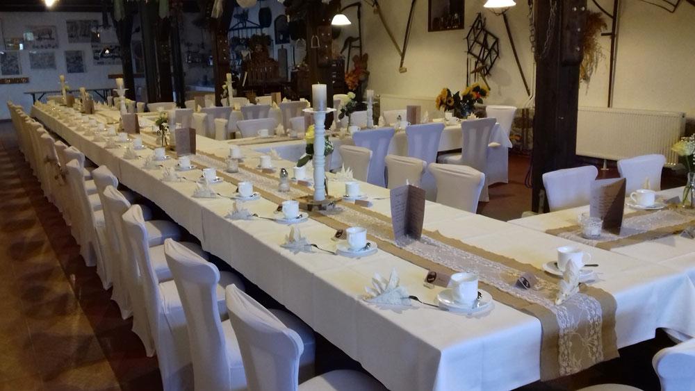 Der Röhlsche Hof - Bildungs- und Erlebnisbauernhof in Wallwitz in Sachsen-Anhalt - Hochzeit Deko-2