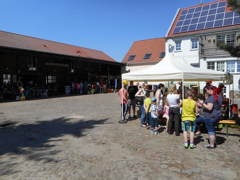 Der Röhlsche Hof - Bildungs- und Erlebnisbauernhof in Wallwitz in Sachsen-Anhalt - Spiel- und Spaßnachmittag 2016 DSCN0494
